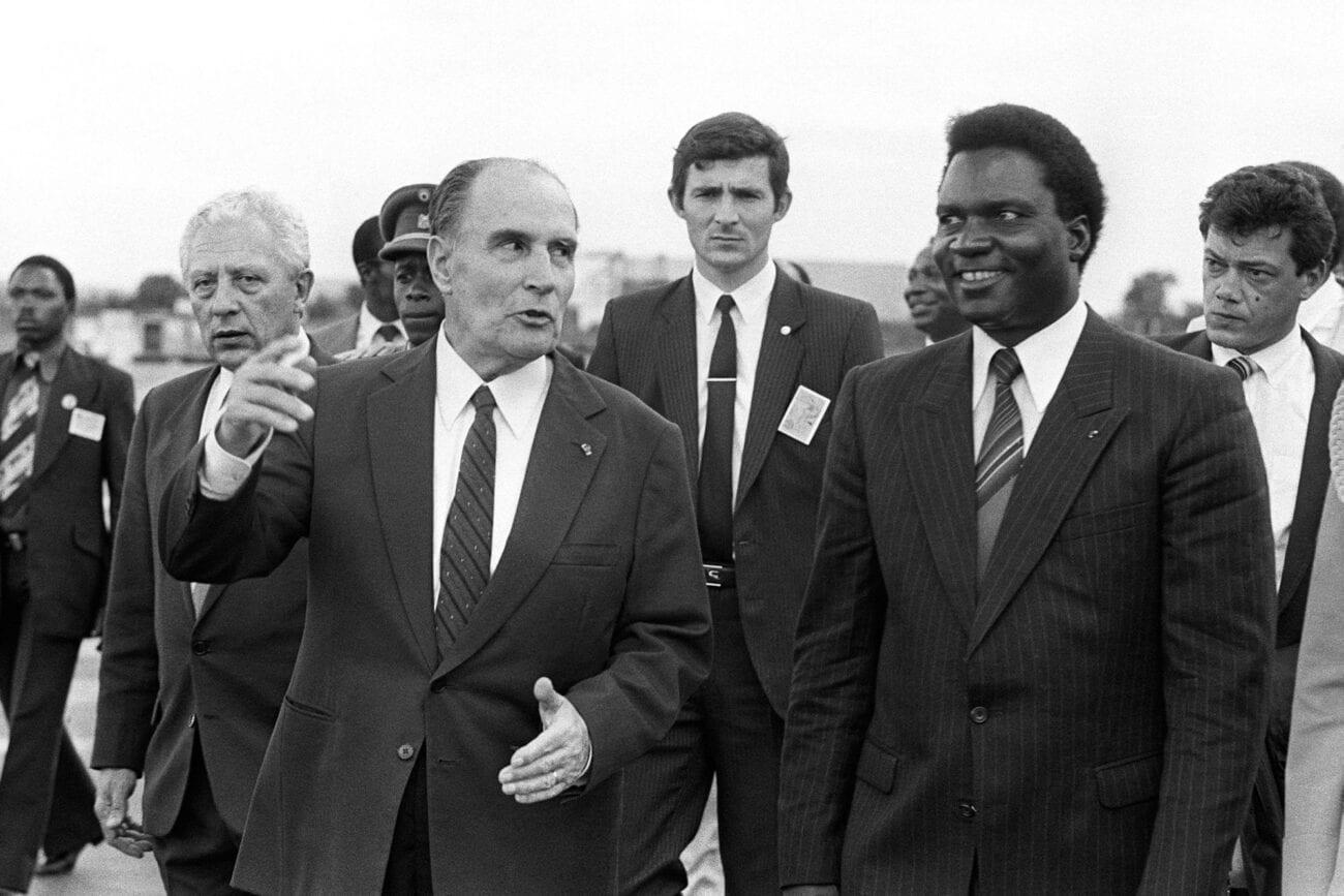 François Mitterrand (à gauche) et Juvenal Habyarimana