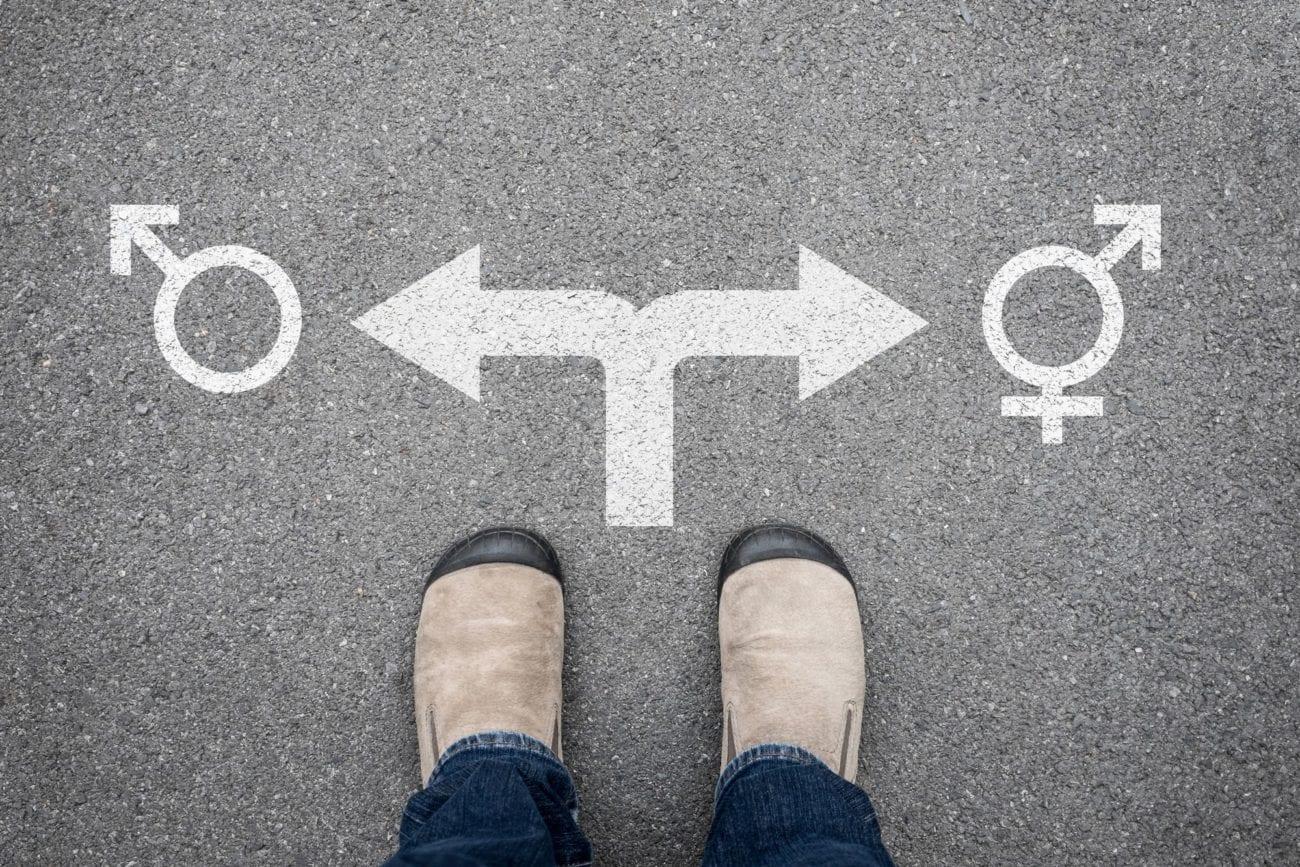 Les personnes concernées sont aujourd'hui obligées de saisir les tribunaux pour faire reconnaître leur nouvelle identité sexuelle. [mantinov - Fotolia]