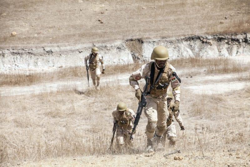 Les forces de l'ordre burkinabées n'arrivent pas à enrayer la spirale des violences djihadistes (photo d'illustration) [Cheikh A.T. Sy - Keystone/AP]