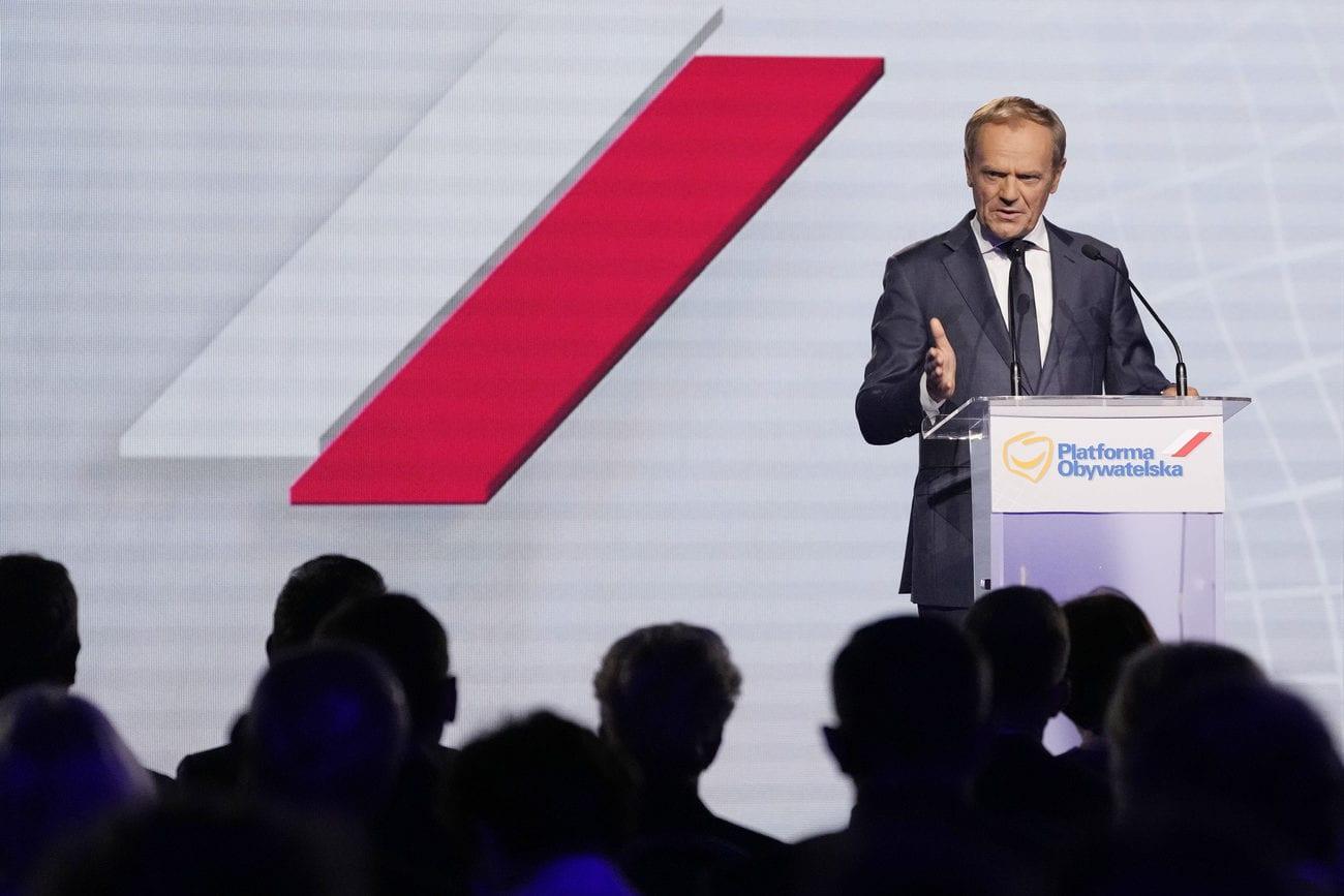 L'ex-président du Conseil européen Donald Tusk a pris la tête samedi du parti d'opposition Plateforme civique (PO) en Pologne