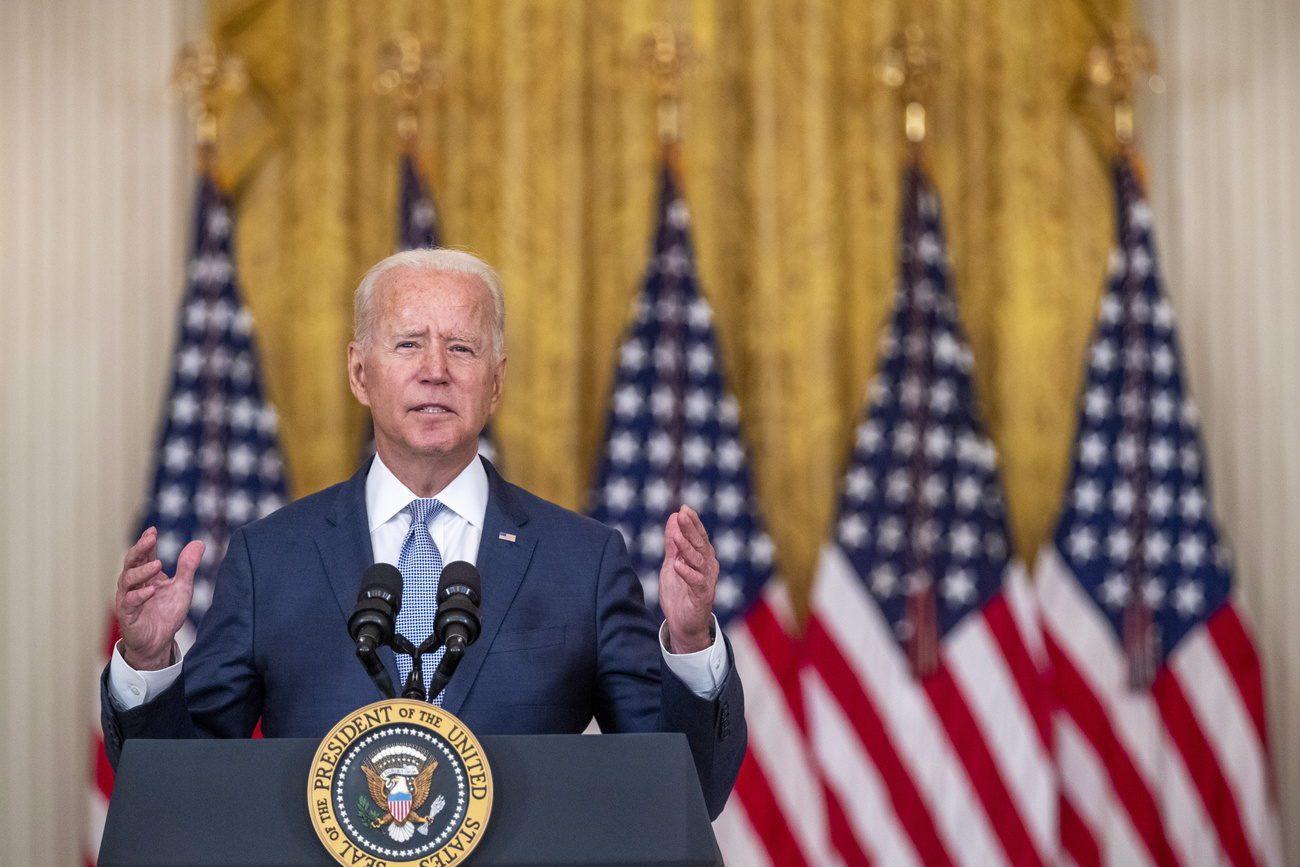 Joe Biden est critiqué pour sa gestion du retrait des troupes US en Afghanistan. [EPA/Shawn Thew - Keystone]
