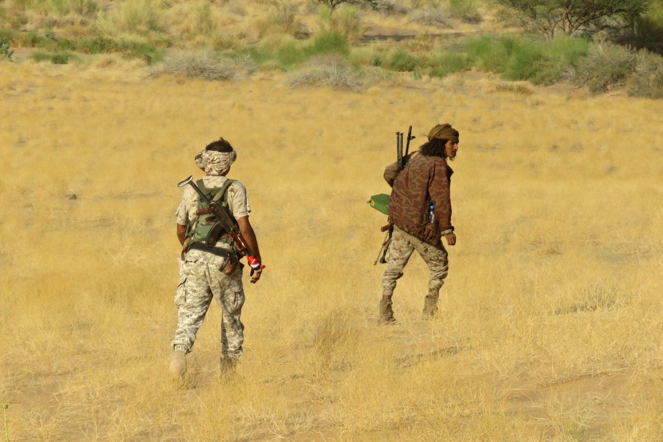 Des combattants pro-gouvernement yéménite sur la ligne de front face aux rebelles Houthis dans la province de Marib